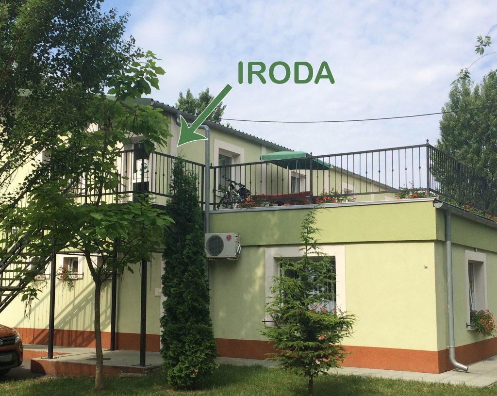 iroda_bejarat